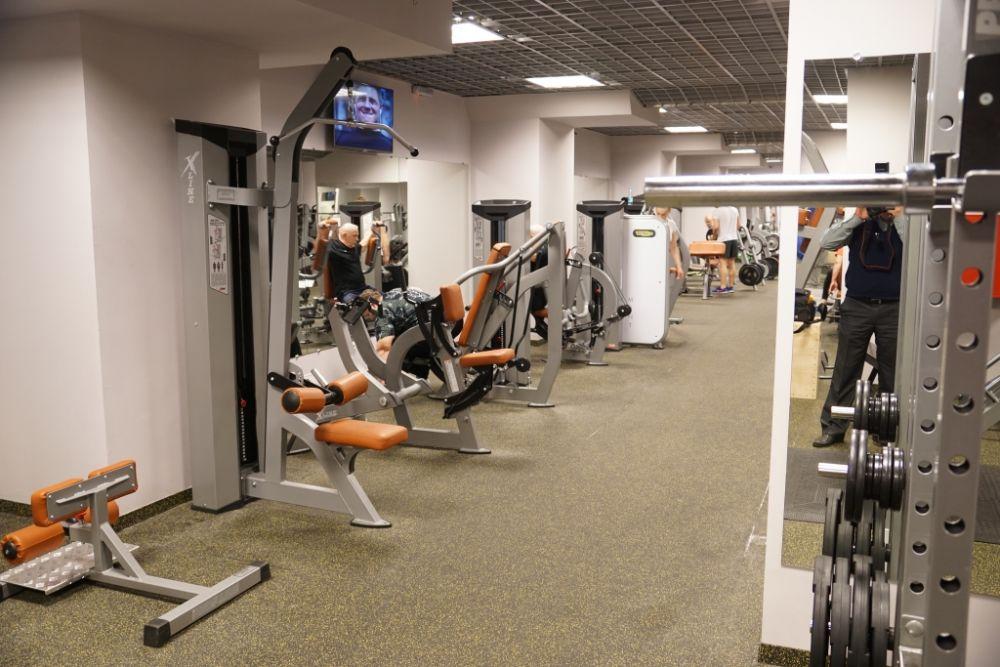 Info@raskrutk.ru фитнес-клуб «fitness house» в светлановском приглашает ценителей здорового образа жизни и активного отдыха для занятия спортом.